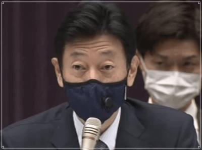 西村大臣のマスク